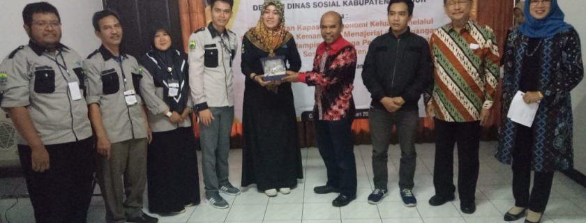 Pengabdian Pada Masyarakat Kerja Sama Dengan Dinas Sosial Kabupaten Cianjur